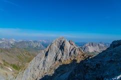 Bella vista dalla montagna Valluga, alpi di Lechtal, Austria Fotografie Stock