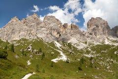 Bella vista dalle montagne delle dolomia, Italia Immagini Stock