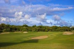 Bella vista del campo verde di golf Immagine Stock Libera da Diritti