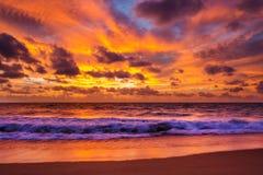 Bella vista del cielo drammatico con la nuvola Immagine Stock Libera da Diritti