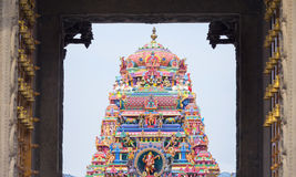 Bella vista del gopura variopinto nel Kapaleeshwarar indù Te Immagini Stock