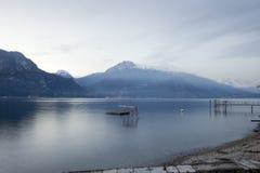 Bella vista del lago Como da Bellagio Fotografie Stock Libere da Diritti