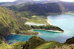 Bella vista del lago di fuoco & di x28; Lagoa fa Fogo& x29; sull'isola di San Miguel Fotografia Stock