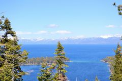 Bella vista del lago lake Tahoe California Fotografia Stock