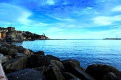 Bella vista del mare al porto Fotografie Stock