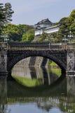 Bella vista del palazzo imperiale, Tokyo, Giappone fotografia stock libera da diritti