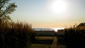 Bella vista del tramonto sopra il mare di Baltc a Gdynia, Polonia fotografia stock