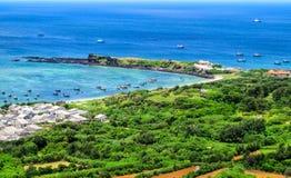 Bella vista dell'isola di Phu Quy in Binh Thuan, Vietnam fotografia stock libera da diritti
