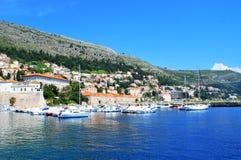 Bella vista della città turistica Mediterranea Fotografia Stock Libera da Diritti