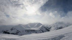 Bella vista delle montagne di Caucaso Fotografie Stock Libere da Diritti