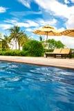 Bella vista dello stagno nell'hotel di Kempinski sull'isola di Hainan fotografia stock