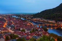 Bella vista di notte di Alte Brucke a Heidelberg Fotografie Stock Libere da Diritti