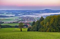 Bella vista di Salisburgo con Festung Hohensalzburg al tramonto, panorama Salisburgo, terra di Salzburger, Austria Fotografia Stock Libera da Diritti