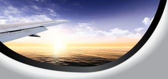 Bella vista nell'oblò dell'aereo Immagine Stock