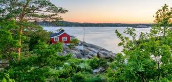 Bella vista sul mare norvegese dalla costa di Sandefjord, Norvegia Fotografie Stock