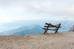 Bella vista sulla strada della montagna a Lovchen fotografia stock libera da diritti