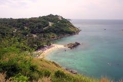Bella visualizzazione eccessiva del mare delle Andamane dal punto di visualizzazione, Phuket, a sud della Tailandia Vista di pano Fotografie Stock