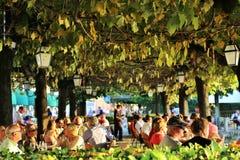 bellagio Italy Wrzesień 24, 2016 Typowa restauracja z tarasem blisko Jeziornego Como Zdjęcie Stock