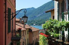 Bellagio lake av comoen, Italien Royaltyfria Bilder
