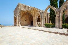 Bellapais Abbey, Kyrenia, norr Cypern Royaltyfri Fotografi