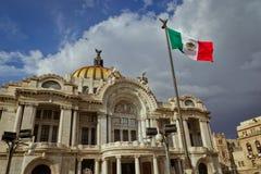 Bellas Artes pałac przy Meksyk zdjęcia royalty free