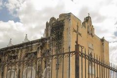 Belle église abandonnée Photographie stock libre de droits