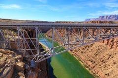 Belle aire de loisirs scénique de canyon de gorge chez l'Arizona, USA Images libres de droits