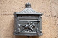 Belle boîte aux lettres en métal Image libre de droits