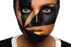 Belle brune aux yeux bruns Images stock