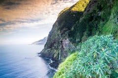 Belle côte d'île de la Madère Photo stock
