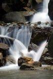 Belle cascade à écriture ligne par ligne Image stock