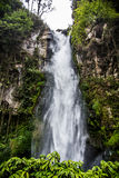 Belle cascade dans Sumatra photo stock