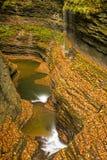 Belle cascade de cascade Image libre de droits