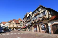 Belle case a graticcio nell'Alsazia, Francia fotografia stock