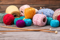 Belle composition pour le tricotage Images libres de droits
