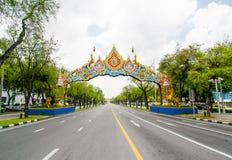 Belle conception d'arcade thaïlandaise de rue d'illustration dans le secteur de Phra Nakhon photos stock