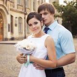 Belle coppie nell'amore Giorno delle nozze Vestito da cerimonia nuziale Tiffany bl Fotografie Stock Libere da Diritti