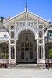 Belle costruzioni di Karlovy Vary, repubblica Ceca fotografia stock libera da diritti