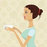Belle cuvette de fixation de fille de café Photo stock