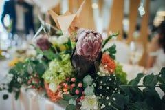 Belle decorazioni del fiore di nozze immagini stock libere da diritti