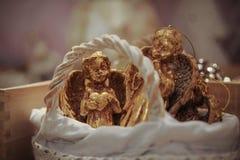 Belle decorazioni dorate di Natale di angelo Fotografia Stock