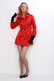 Belle donne in cappotto rosso. Fotografia Stock Libera da Diritti
