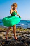 Belle donne che giocano con il vento Fotografia Stock Libera da Diritti