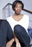 Belle donne di colore distese nel paese fotografie stock