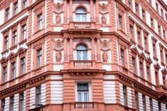Belle façade de la vieille maison Fragment, détails Prague, République Tchèque photographie stock