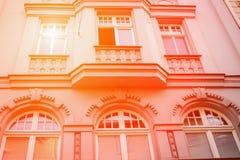 Belle fa?ade de la vieille maison Fragment, d?tail Orange modifi?e la tonalit? I?na, Allemagne photo libre de droits