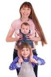 Belle famille heureuse. images libres de droits
