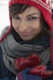 Belle femme avec deux coeurs Photo libre de droits