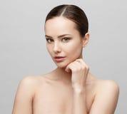 Belle femme avec la peau fraîche propre Images libres de droits