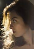 Belle femme avec le regard audacieux Image libre de droits